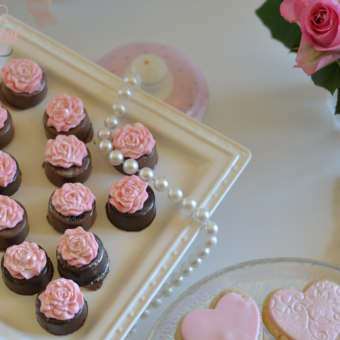 Chocolate Dipped Mini Oreos with Blush Fondant Rose Toppers
