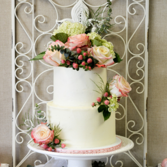 Two-tier buttercream in fall florals